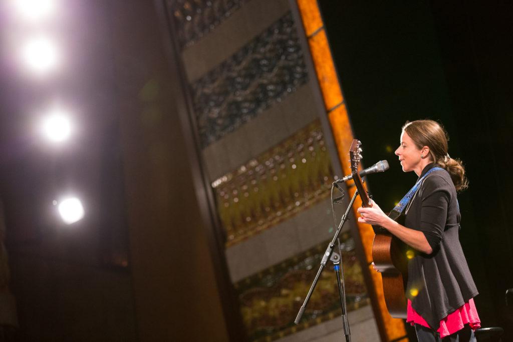 Meg singing at AWB 2